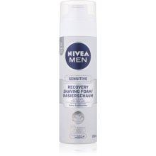 cbc692b70e9 NIVEA MEN SENSITIVE espuma de afeitar para pieles sensibles