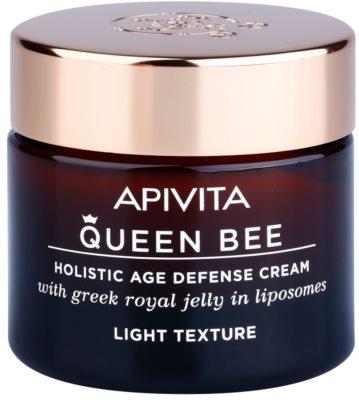 Apivita Queen Bee crema cu textura usoara impotriva imbatranirii pielii