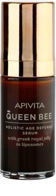 Apivita Queen Bee Serum gegen Hautalterung