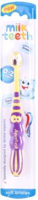 Aquafresh Milk Teeth perie de dinti pentru copii
