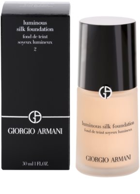 Armani Luminous Silk Foundation maquillaje líquido 3