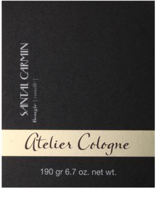 Atelier Cologne Santal Carmin vonná svíčka 3
