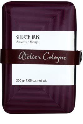 Atelier Cologne Silver Iris Parfümierte Seife  unisex