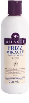 Aussie Frizz Miracle condicionador alisante para cabelos crespos e inflexíveis