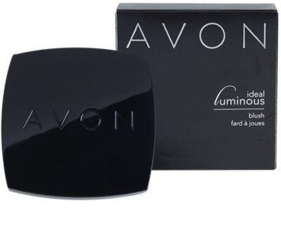 Avon Ideal Luminous Blush pudrová rozjasňující růž 3