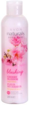 Avon Naturals Body leite corporal hidratante com flor de cerejeira