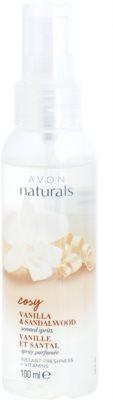 Avon Naturals Fragrance osviežujúci telový sprej s vanilkou a santalovým drevom