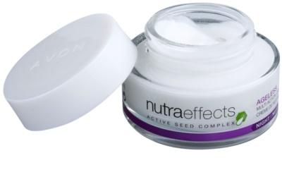 Avon Nutra Effects Ageless éjszakai krém regeneráló hatással 1