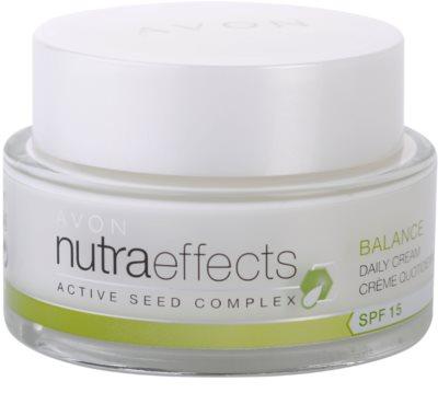 Avon Nutra Effects Balance crema de día matificante SPF 15
