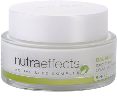 Avon Nutra Effects Balance матуюючий денний крем SPF 15