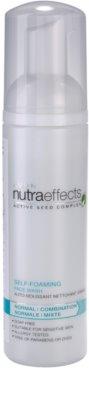 Avon Nutra Effects Balance spuma de curatat pentru piele normala si mixta