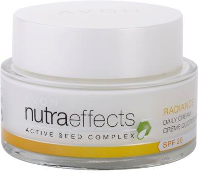 Avon Nutra Effects Radiance creme de dia iluminador SPF 20