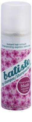 Batiste Fragrance Blush champú en seco para dar volumen y brillo