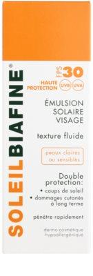Biafine Soleil schützendes Fluid für sehr empfindliche und helle Haut SPF 30 2