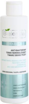 Bielenda Pharm Acne água de limpeza antibacteriana para o rosto, decote e costas sem álcool