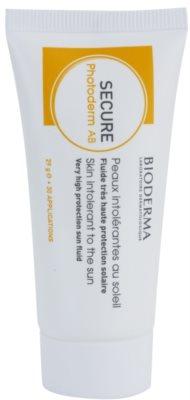 Bioderma Secure Photoderm AB schützendes Fluid für lichtempfindliche Haut bei Antibiotikaeinnahme mit sehr hohem Lichtschutzfaktor