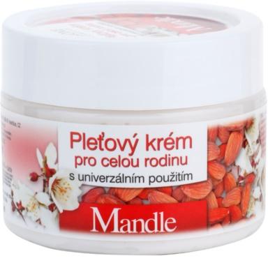 Bione Cosmetics Almonds crema facial para toda la familia