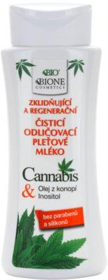 Bione Cosmetics Cannabis pomirjajoče čistilno mleko