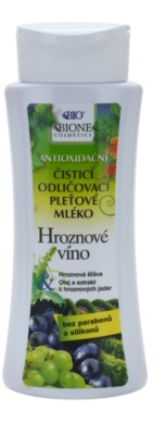 Bione Cosmetics Grapes čistiace pleťové mlieko