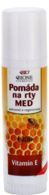Bione Cosmetics Honey + Q10 защитен и регенериращ балсам за устни с витамин Е