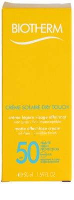 Biotherm Créme Solaire Dry Touch mattierende Sonnencreme für das Gesicht SPF 50 2