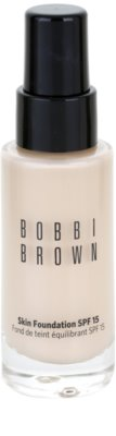 Bobbi Brown Skin Foundation base hidratante SPF 15