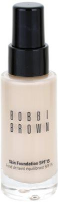 Bobbi Brown Skin Foundation podkład nawilżający SPF 15