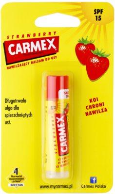 Carmex Strawberry balsam pentru buze cu efect hidratant SPF 15