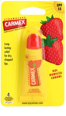 Carmex Strawberry balzam za ustnice v tubi SPF 15