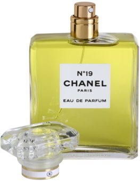 Chanel No.19 Eau De Parfum pentru femei 3