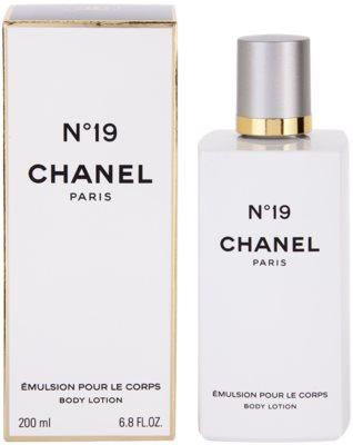 Chanel No.19 Lapte de corp pentru femei