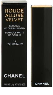 Chanel Rouge Allure Velvet bársonyos rúzs matt hatással 3