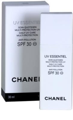 Chanel UV Essentiel opalovací mléko na obličej SPF 30 1