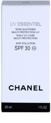 Chanel UV Essentiel opalovací mléko na obličej SPF 30 3