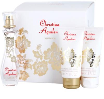 Christina Aguilera Woman ajándékszett