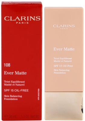 Clarins Face Make-Up Ever Matte maquilhagem matificante para redução de poros SPF 15 1