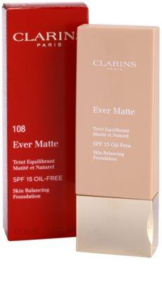 Clarins Face Make-Up Ever Matte матиращ фон дьо тен за минимизиране на порите SPF 15 2