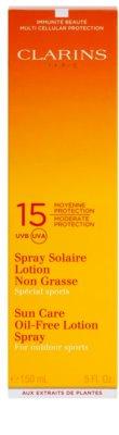 Clarins Sun Protection sportoláshoz alkalmas olaj nélküli napozó spray SPF 15 2