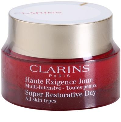 Clarins Super Restorative creme de dia refirmante para todos os tipos de pele