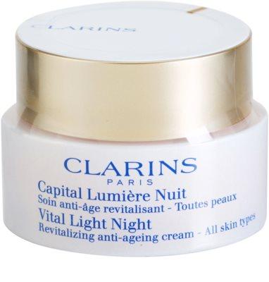Clarins Vital Light crema de noche reparadora revitalizante  para todo tipo de pieles