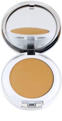 Clinique Beyond Perfecting base de maquillaje en polvo con corrector 2 en 1