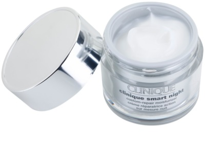 Clinique Clinique Smart creme hidratante de noite antirrugas para pele seca e mista 1