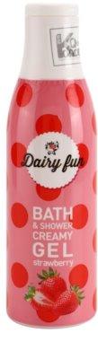 Dairy Fun Strawberry кремообразен душ-гел и гел за вана