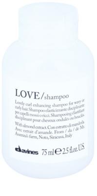 Davines Love Almond Shampoo für welliges Haar