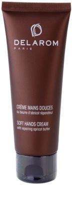 Delarom Body Care crema para manos suaves con mantequilla de albaricoque