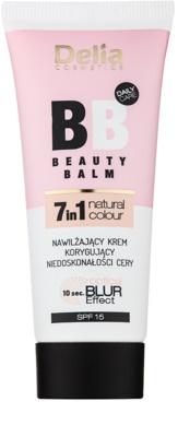 Delia Cosmetics Optical Blur Effect Beauty Balm feuchtigkeitsspendende BB Creme gegen kleine Makel der Haut SPF 15