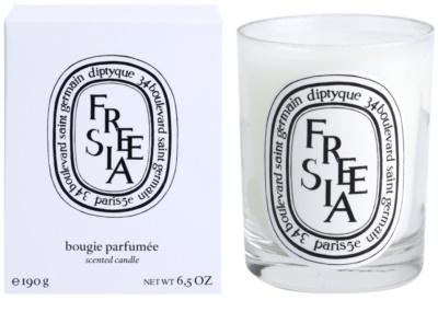 Diptyque Freesia dišeča sveča