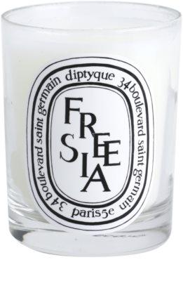 Diptyque Freesia dišeča sveča 1