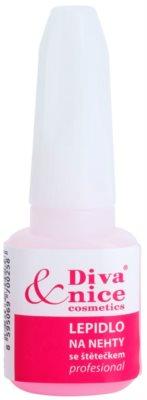 Diva & Nice Cosmetics Accessories pegamento para uñas con cepillo