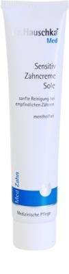 Dr. Hauschka Med dentífrico com teor de solução de salina